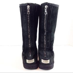 UGG Knightsbridge Black Suede Zip Back Boots 7
